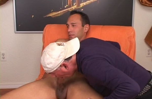 brendon-marley-getting-his-cock-sucked